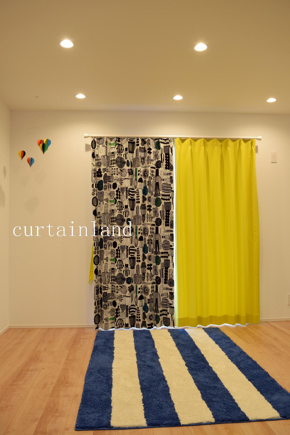 マリメッコとイエローのカーテン