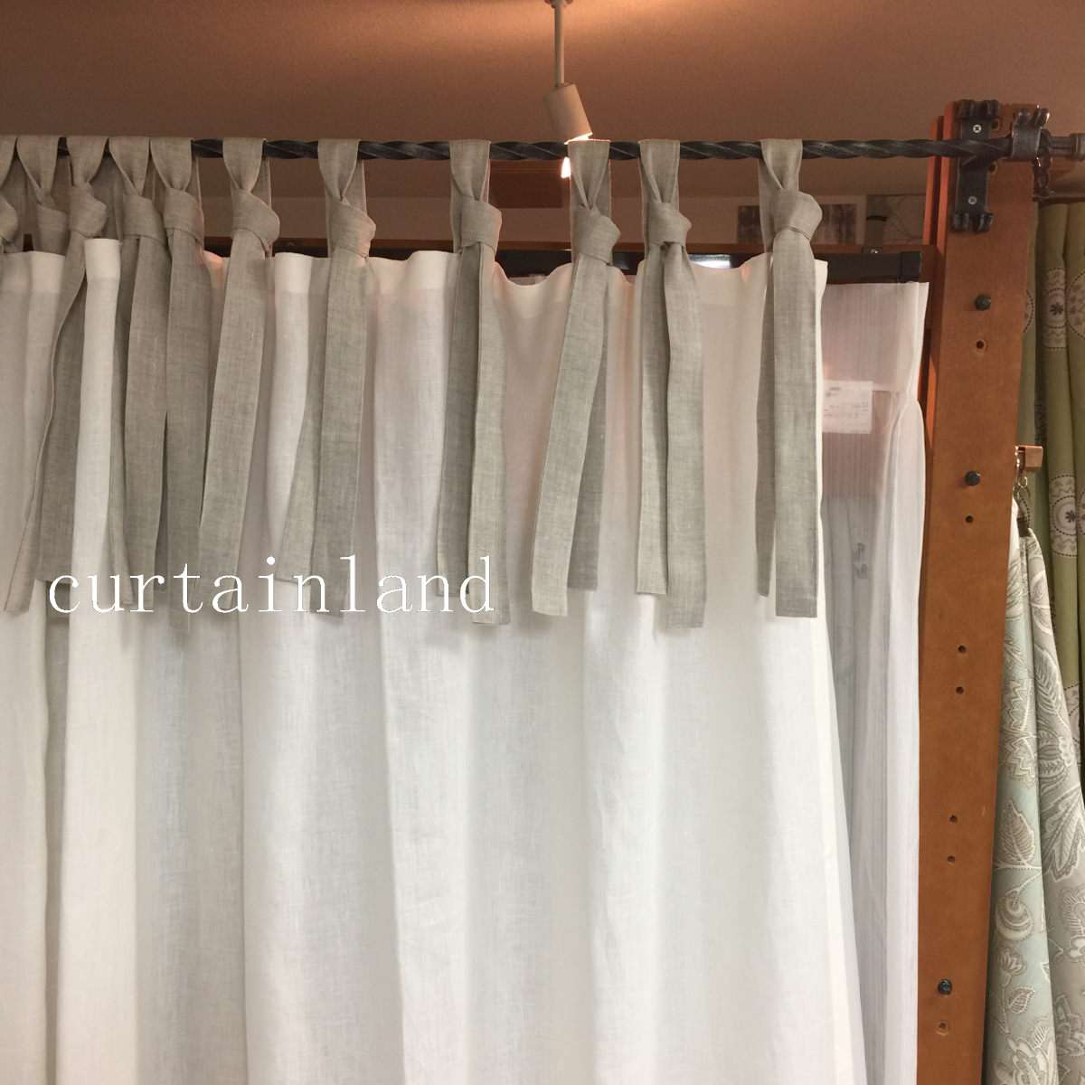 tieknot_curtain