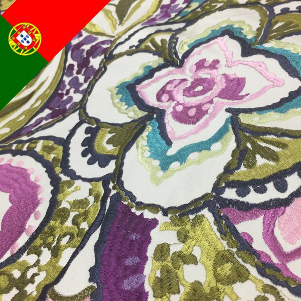 ポルトガル刺繍カーテン