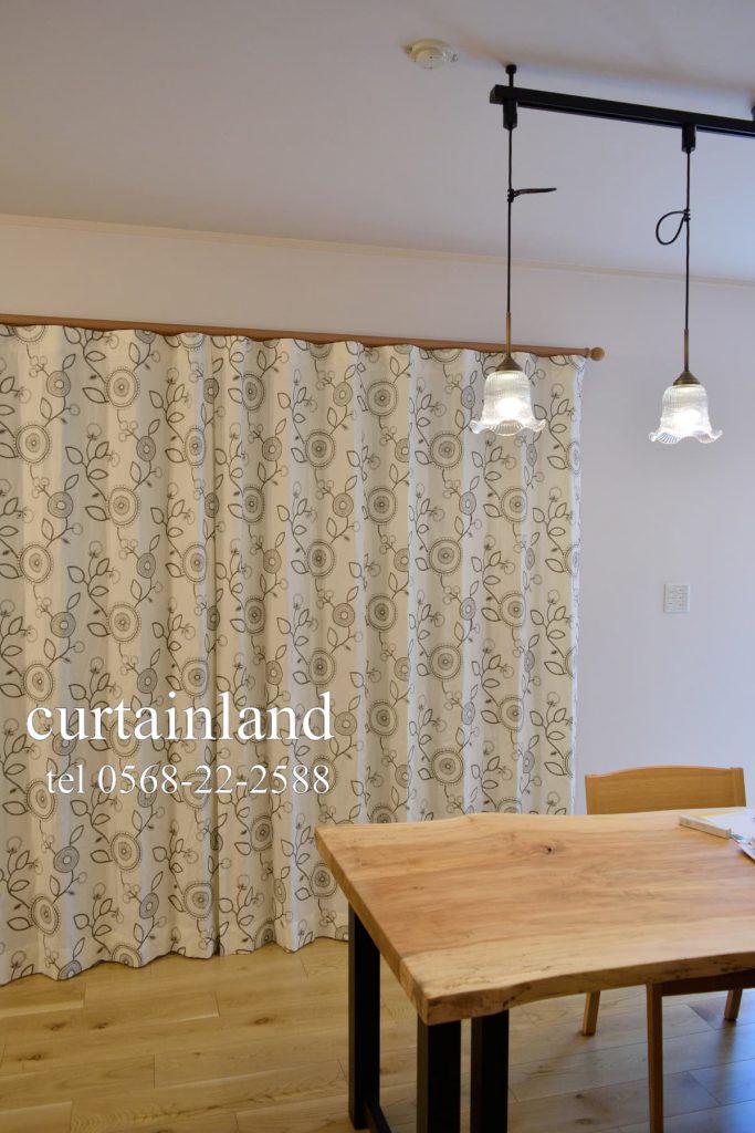 レトロ刺繍デザインのコットンカーテン