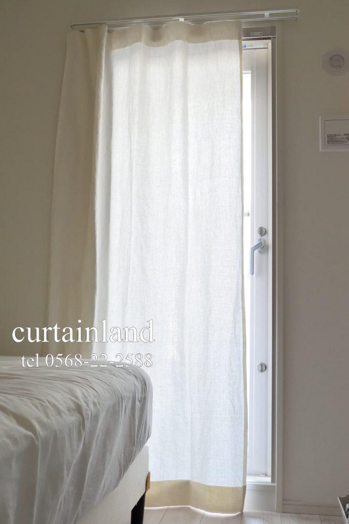 寝室 厚手のフラットカーテンリノトワール