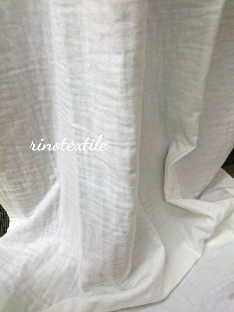 リノテキスタイルのぬくもり感じるトリプルガーゼのカーテン