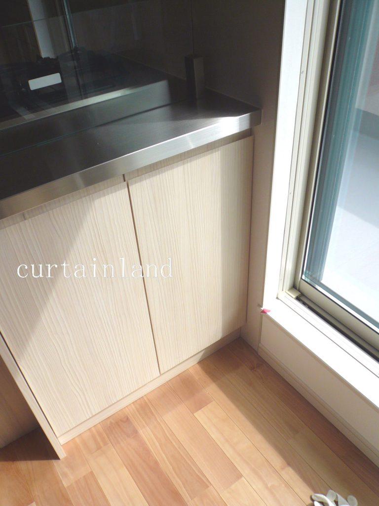 キッチン背面開き戸との干渉