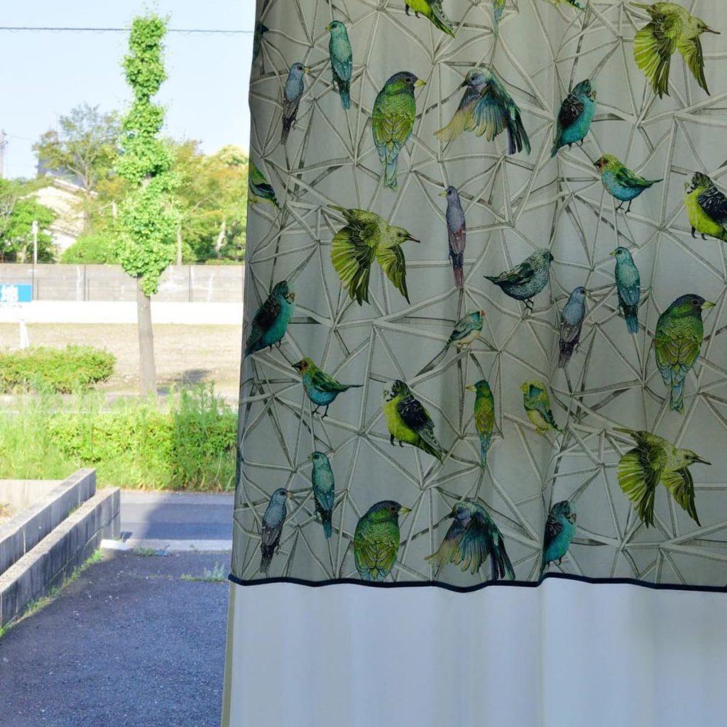 バイアスフレームデザインカーテン