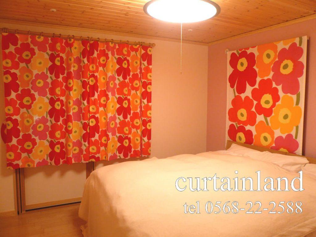 スウェーデンハウスにマリメッコのカーテン