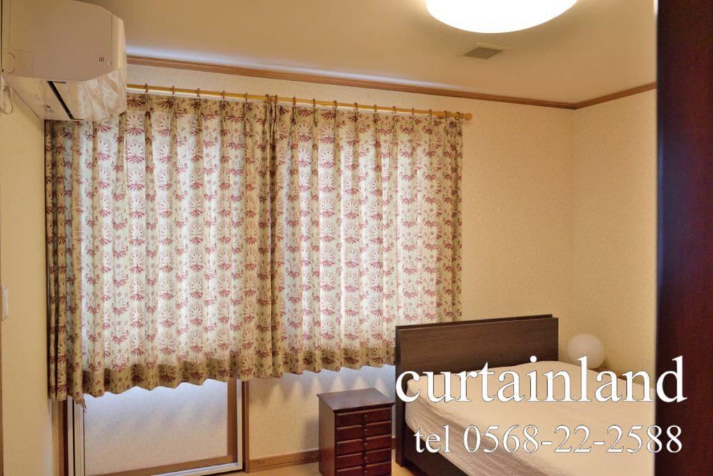 ウィリアム・モリスのカーテンを寝室にお取付け